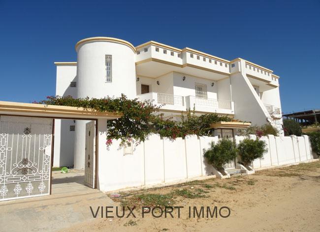 A vendre villa neuve centre midoun djerba for Villa neuve
